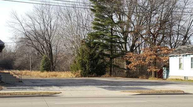 1511 Marinette Avenue - Photo 3