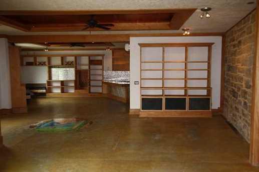 210 Commerce St - Photo 13