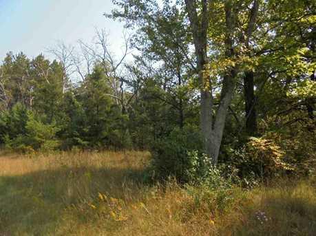 1055 Deerborn Ave - Photo 3
