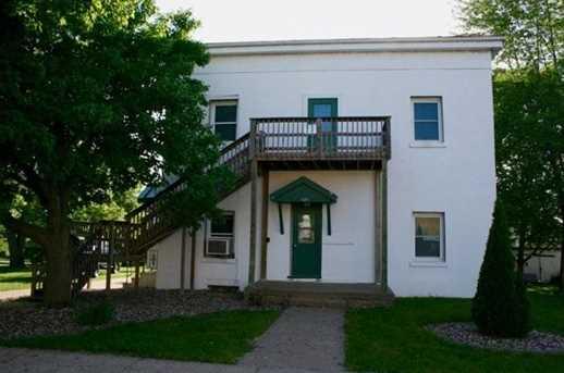 121 S Prairie St - Photo 1