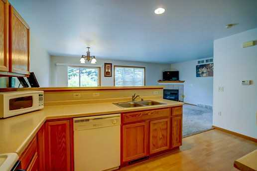 3020 Selkirk Dr #4 - Photo 5