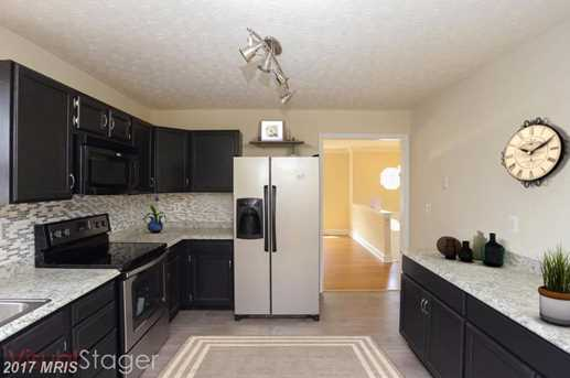 608 Waterview Drive - Photo 3