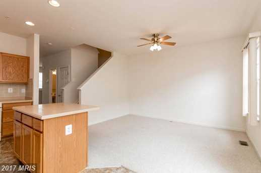 8110 Shannons Alley - Photo 10