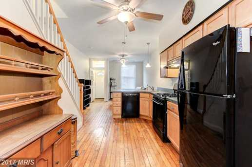35 Curley Street South - Photo 8
