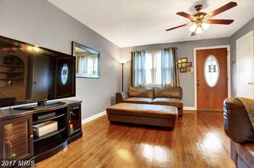 1706 Wickes Avenue - Photo 8