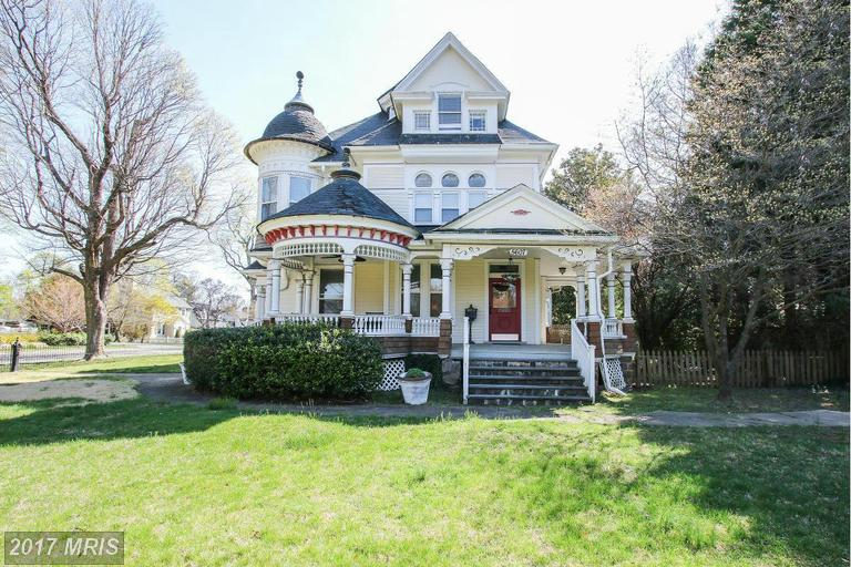 Single Family for Sale at 5607 Roland Avenue Baltimore, Maryland 21210 United States