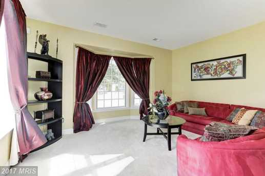 10490 Carberry Court - Photo 9