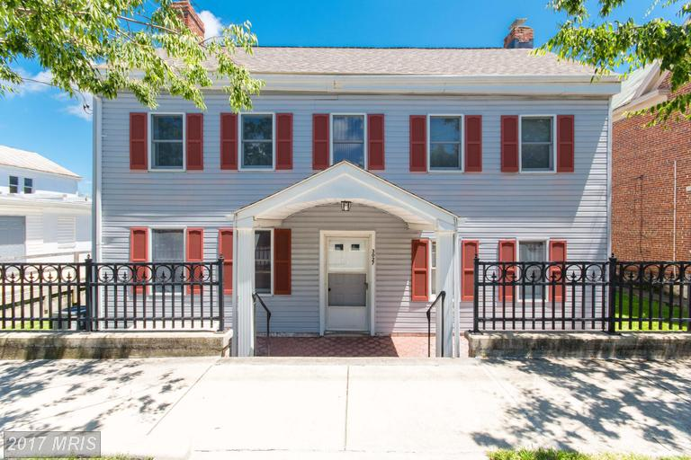 Single Family for Sale at 3027 Main Street South Manchester, Maryland 21102 United States