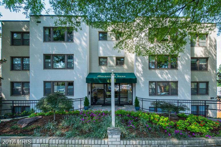 Condo / Townhouse for Sale at PALISADES, 4840 Macarthur Boulevard Northwest Washington, District Of Columbia 20007 United States