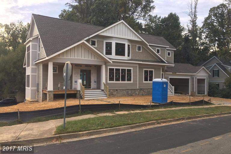 Single Family for Sale at 1018 Desale Street Southwest Vienna, Virginia 22180 United States