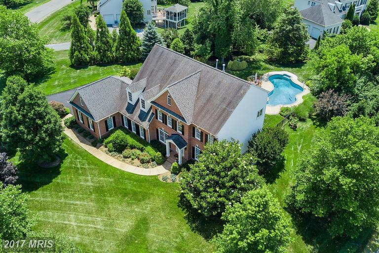 Single Family for Sale at 1156 Millwood Pond Drive Herndon, 20170 United States