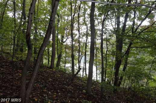 435 Lakeside Drive - Photo 4
