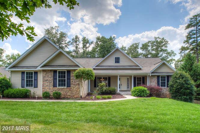 Single Family for Sale at 110 Trevor Run Mineral, 23117 United States