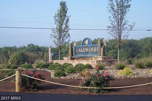 6 Lakewood Drive North - Photo 1