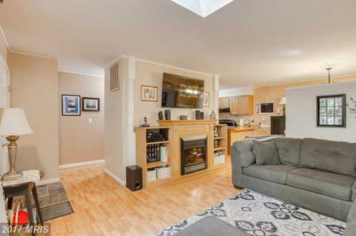 805 Eastover Parkway - Photo 5