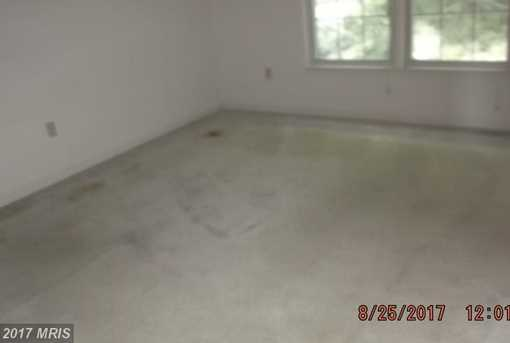 8419 Old Colony Drive South - Photo 7