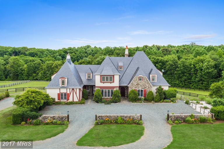 Single Family for Sale at 70 Legacy Lane Fredericksburg, Virginia 22406 United States