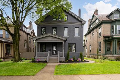 1567 E Long Street - Photo 1