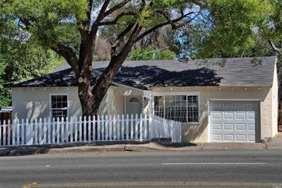 1400 Redwood Street - Photo 1