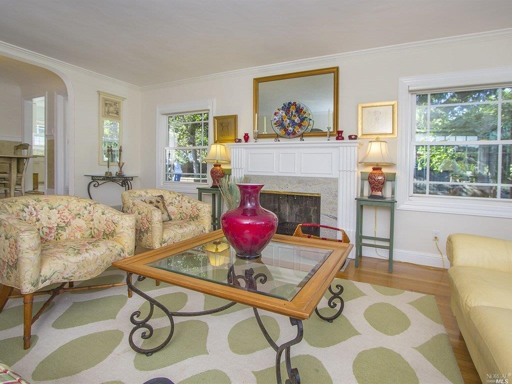 Additional photo for property listing at 813 Sir Francis Drake Boulevard  KENTFIELD, CALIFORNIA 94904