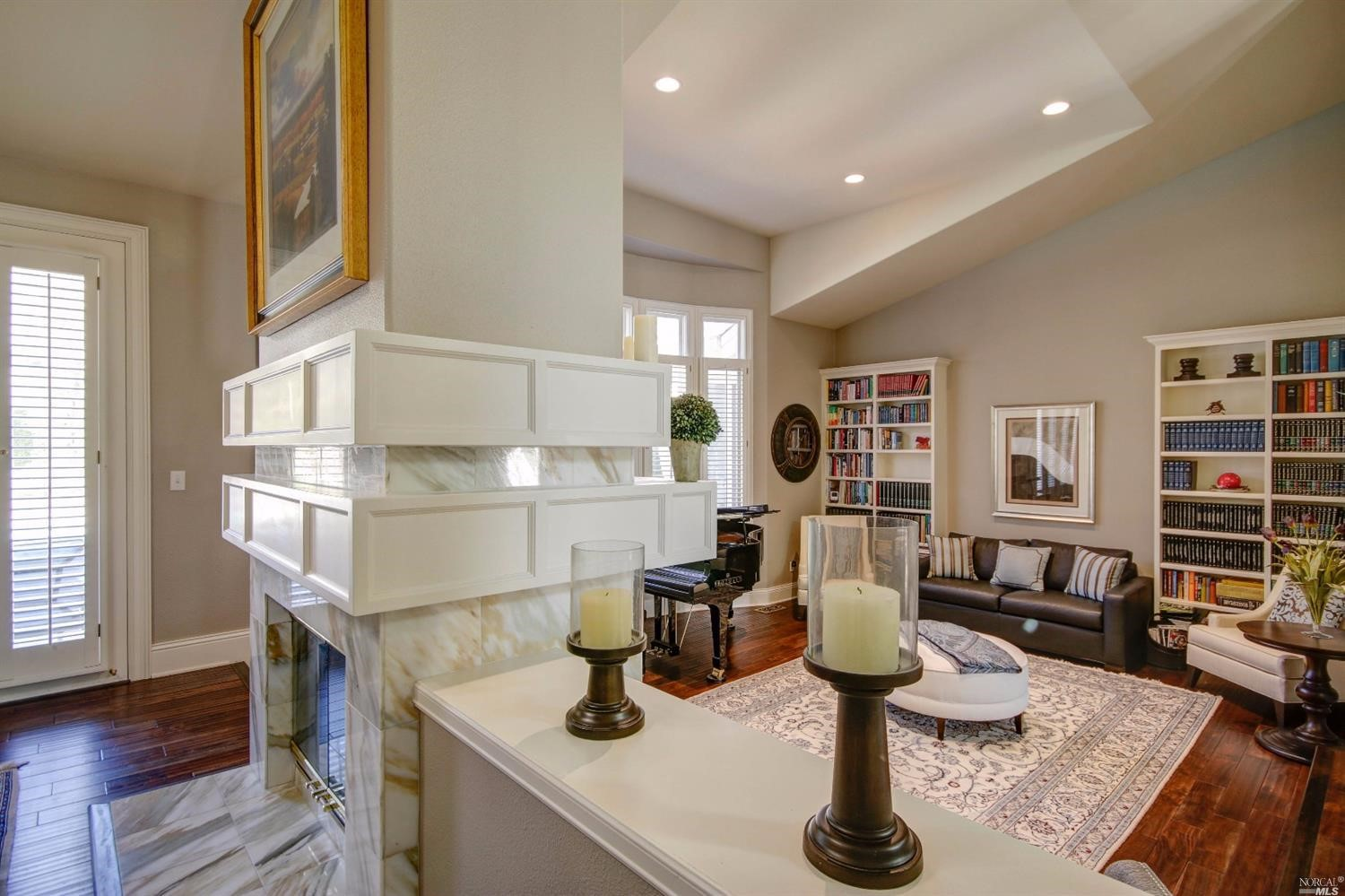 Additional photo for property listing at 4 Lupine Court  SAN RAFAEL, CALIFORNIA 94901