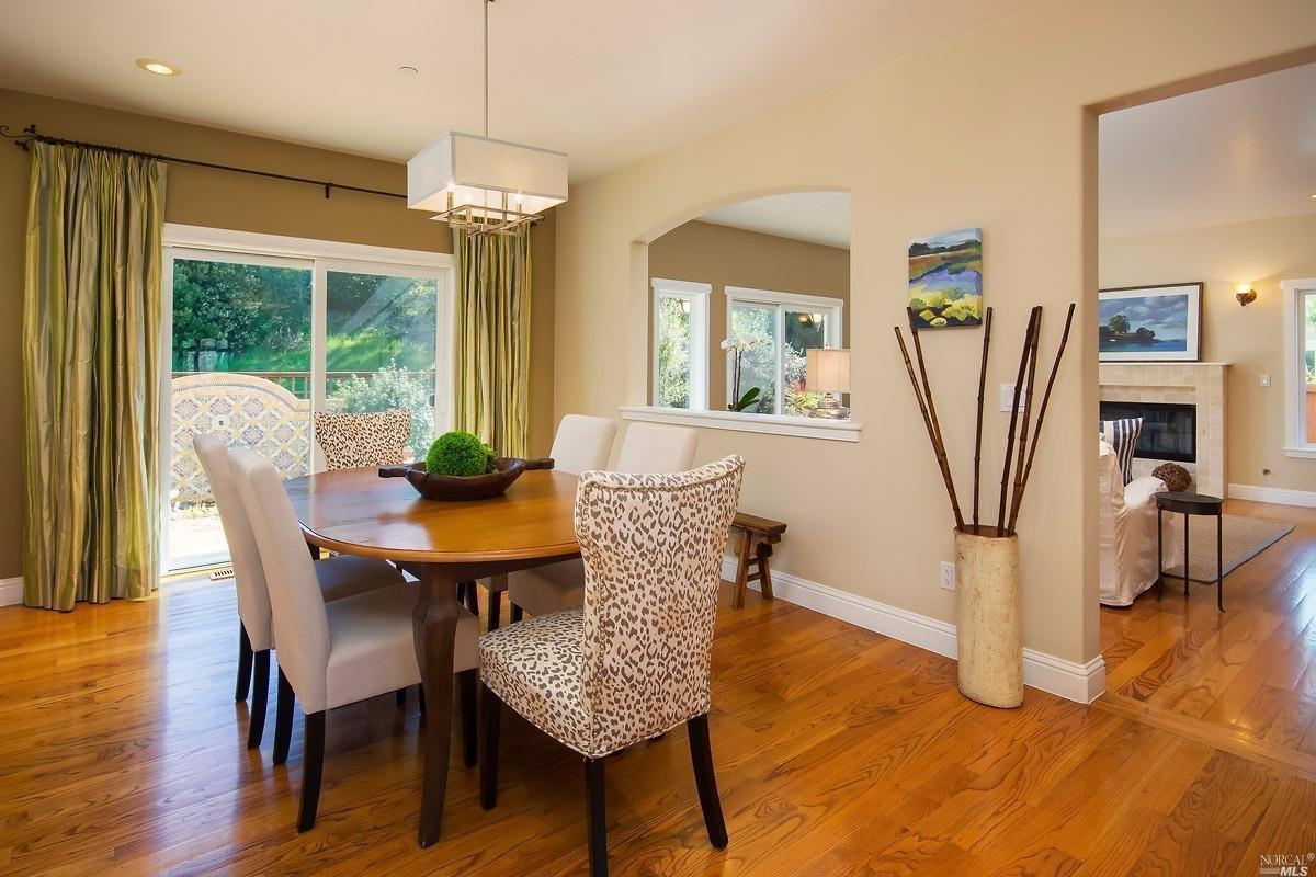Additional photo for property listing at 18 El Camino Drive  CORTE MADERA, CALIFORNIA 94925