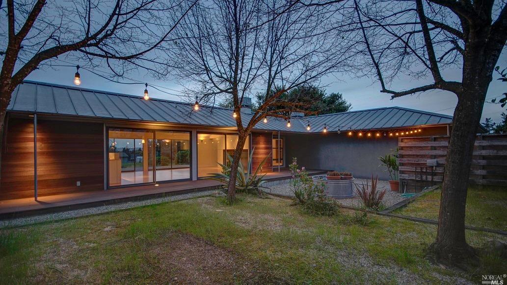 Additional photo for property listing at 81 Aloha Court  PETALUMA, CALIFORNIA 94952