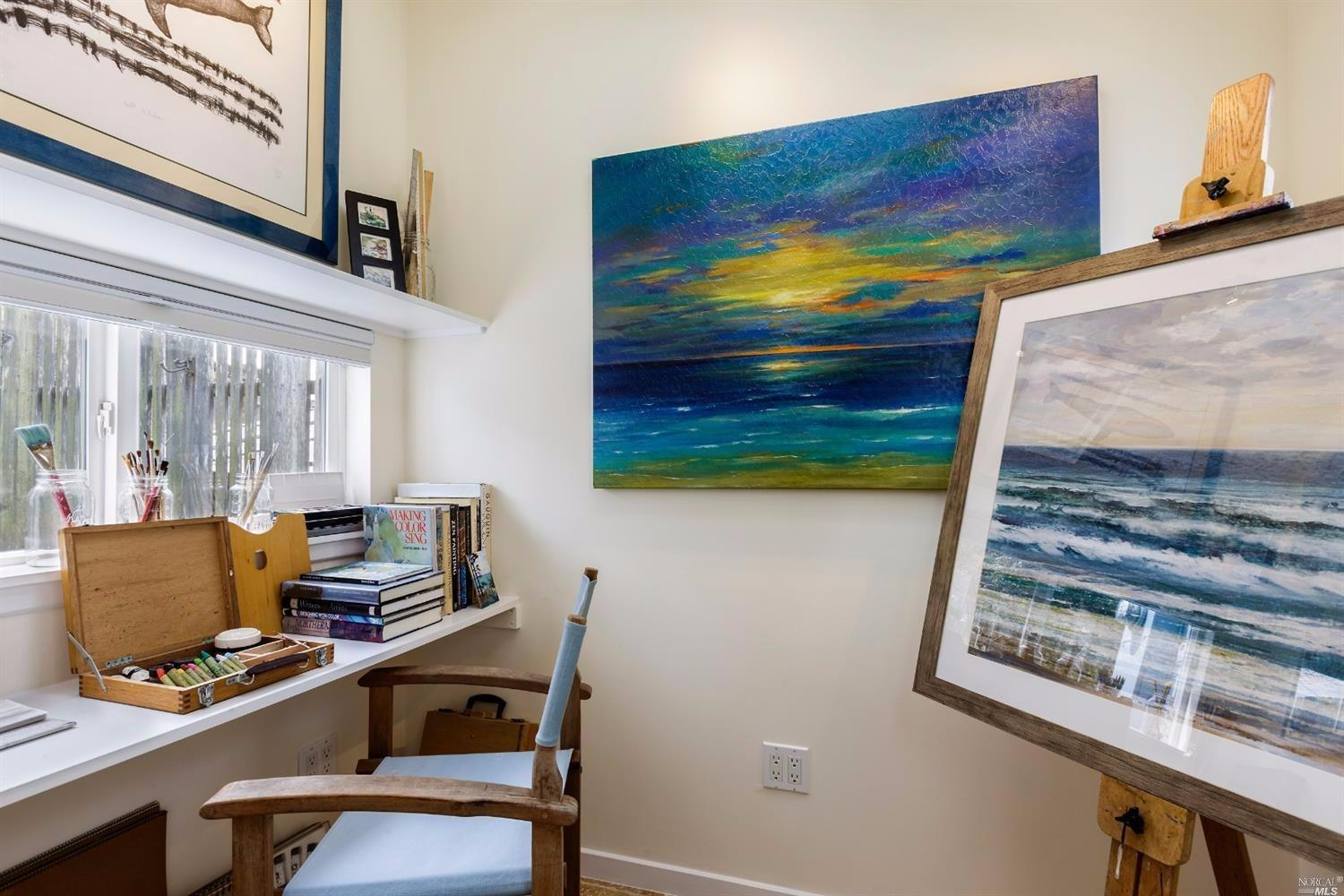 Additional photo for property listing at 373 Ocean Parkway  BOLINAS, CALIFORNIA 94924