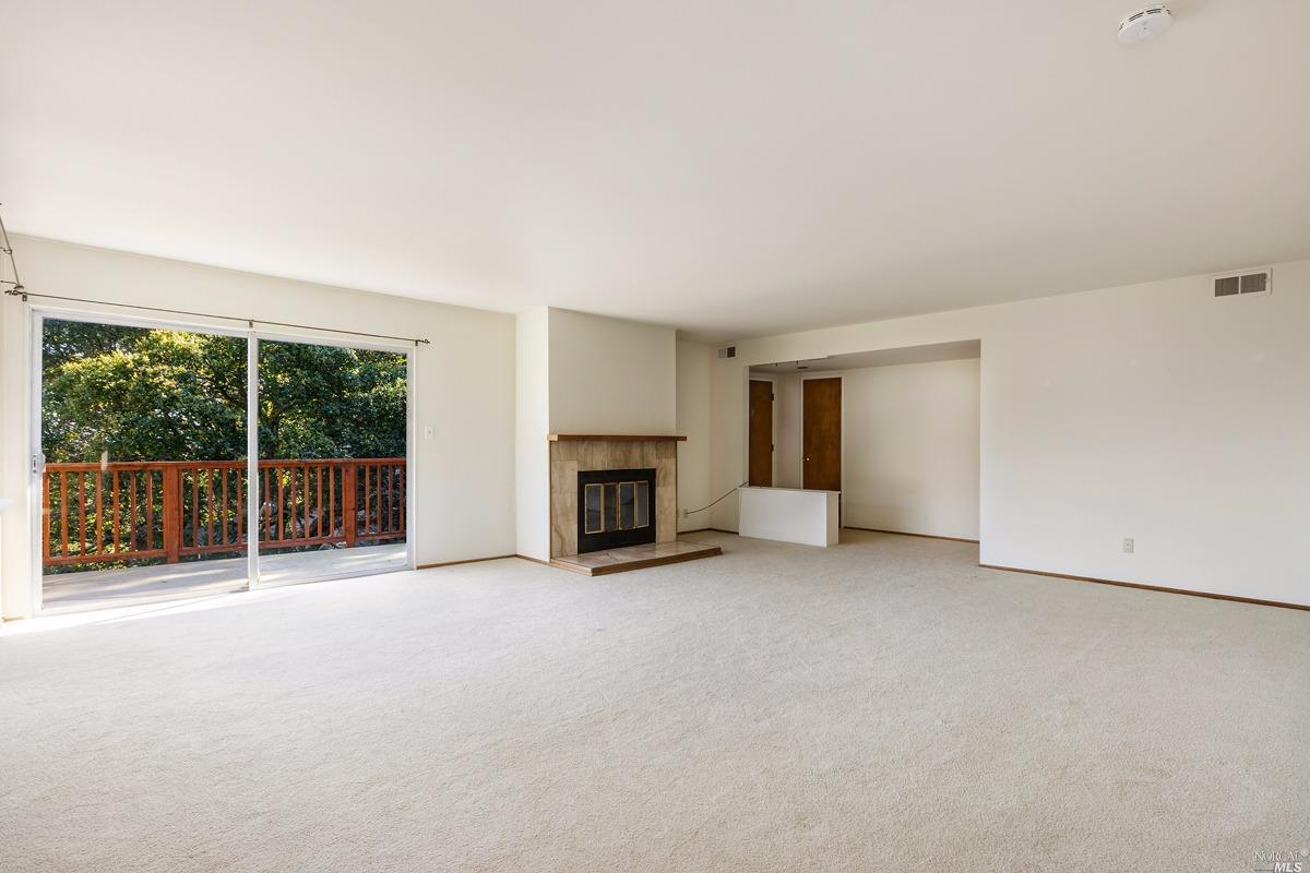 Additional photo for property listing at 23 25 Crescent Avenue  SAUSALITO, CALIFORNIA 94965