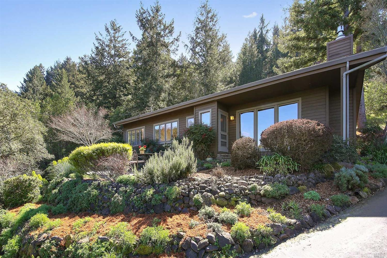 Additional photo for property listing at 336 Redwood Drive  WOODACRE, CALIFORNIA 94973