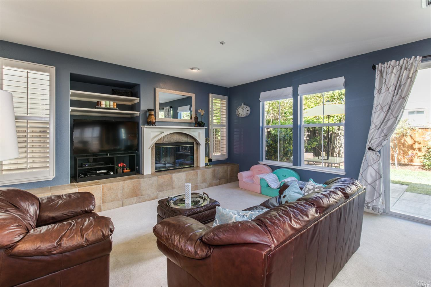 Additional photo for property listing at 119 Emerson Avenue  NOVATO, CALIFORNIA 94949