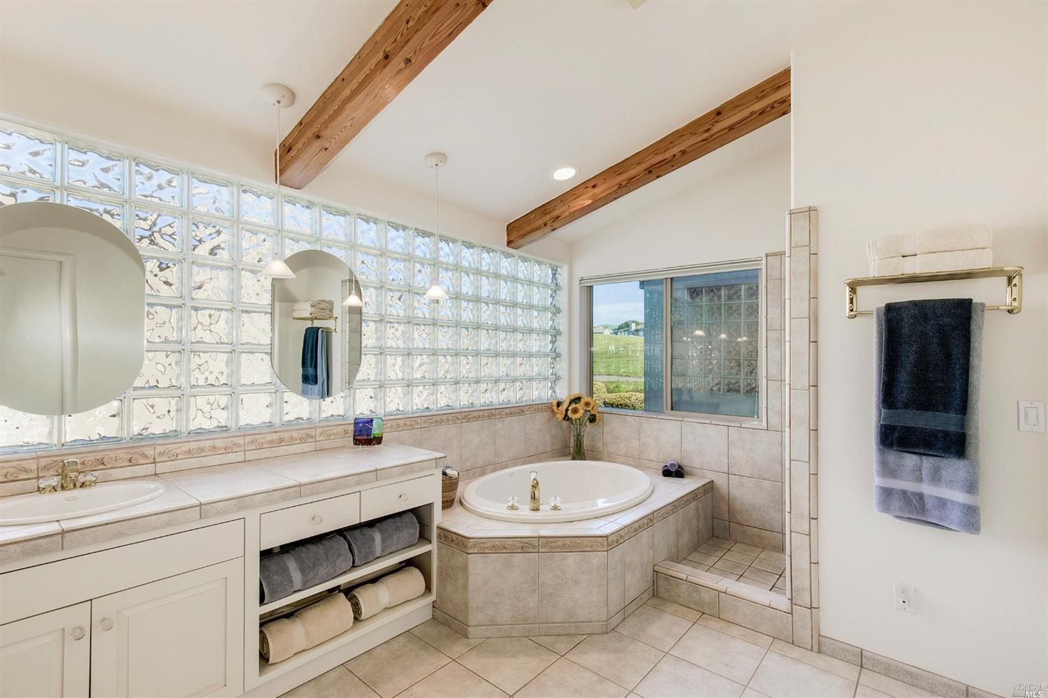 Additional photo for property listing at 667 Gull Drive  BODEGA BAY, CALIFORNIA 94923