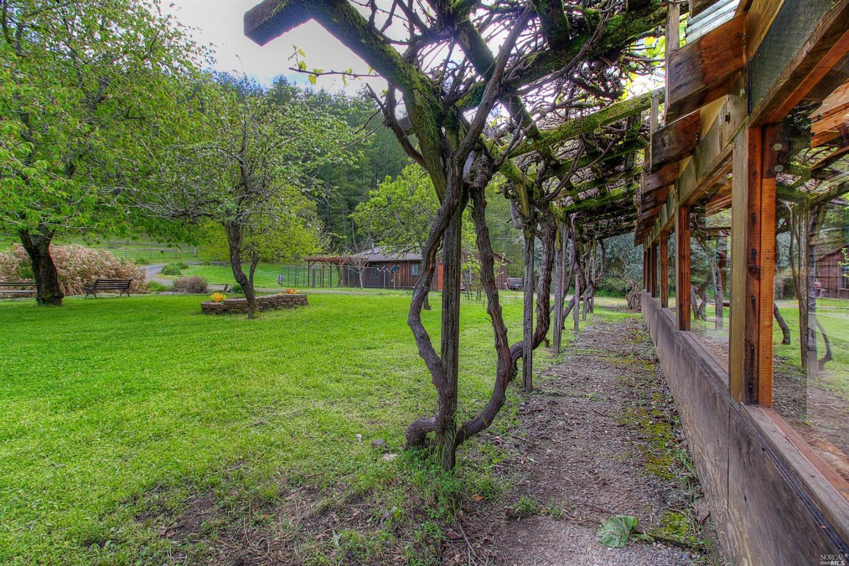 Additional photo for property listing at 7007 Erland Road  SANTA ROSA, CALIFORNIA 95404