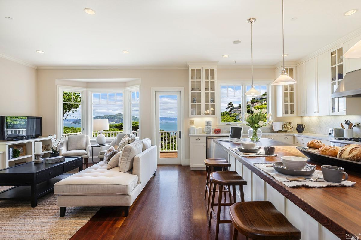 Additional photo for property listing at 151 Edwards Avenue  SAUSALITO, CALIFORNIA 94965