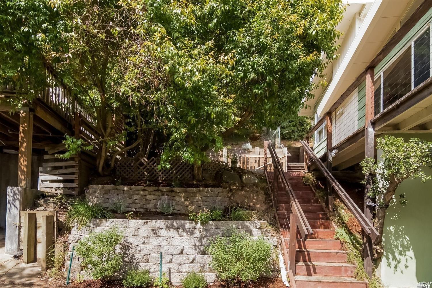 189 Circle Avenue, Mill Valley, CA 94941 - MLS 21709643 - Coldwell ...