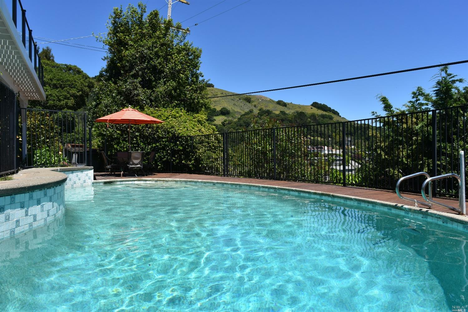 Additional photo for property listing at 42 Junipero Serra Avenue  SAN RAFAEL, CALIFORNIA 94901