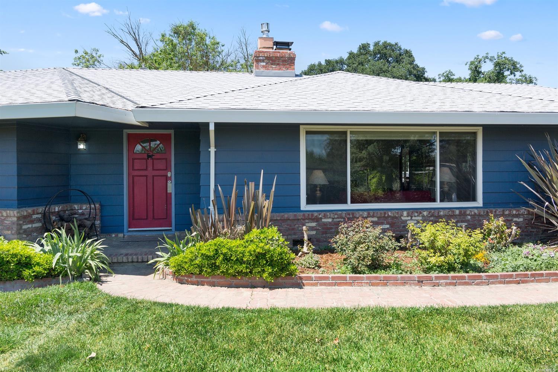 22510 Myrtle Ln, Woodland, CA 95695 - MLS 21812831 - Coldwell Banker