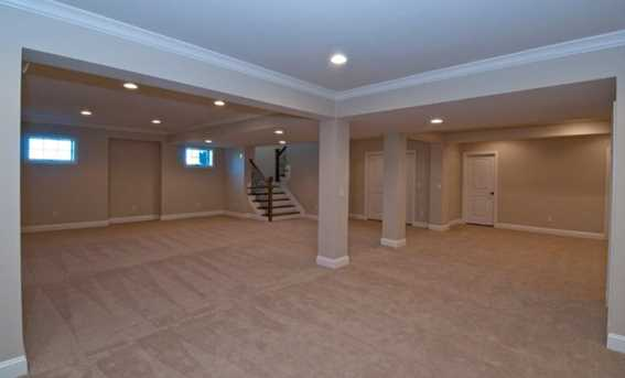 5988 Capeview Place - Photo 15