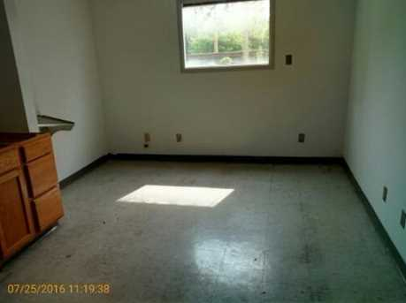 801 Young St - Photo 21