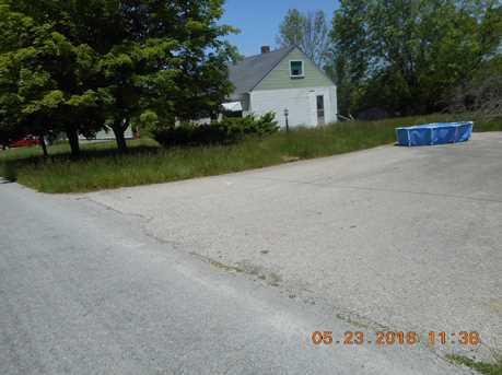 5674 Lake Road - Photo 5
