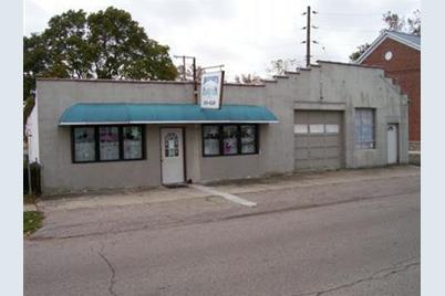 109 W St Clair Street - Photo 1