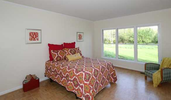 8755 Old Indian Hill Road - Photo 17
