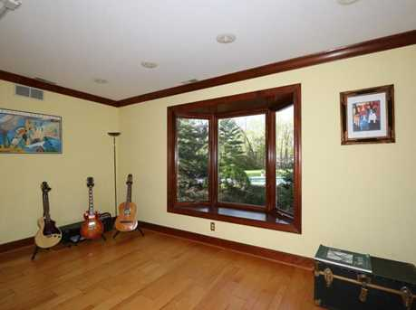 8755 Old Indian Hill Road - Photo 13