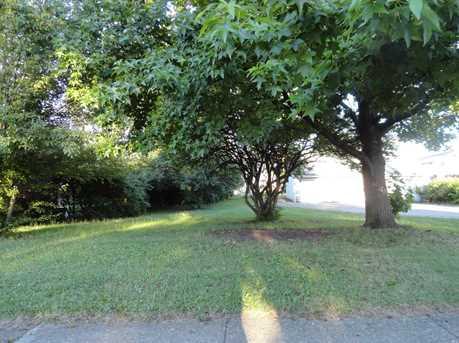 8411 Reading Road - Photo 9