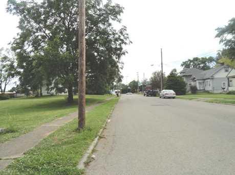 220 Burkhart Avenue - Photo 3