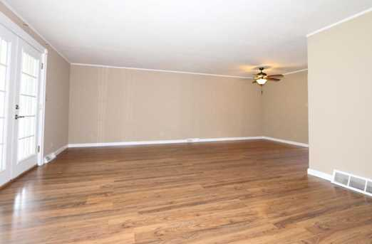 5604 Lesourdsville West Chester Road - Photo 3