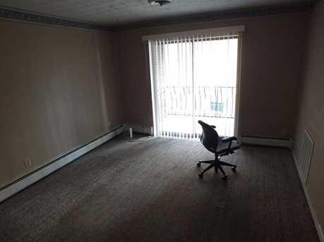 4647 Glenway Avenue - Photo 11