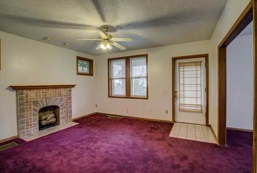 3399 Mayfair Avenue - Photo 7