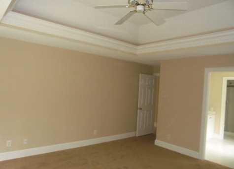 1340 Meadow Woods Court - Photo 15