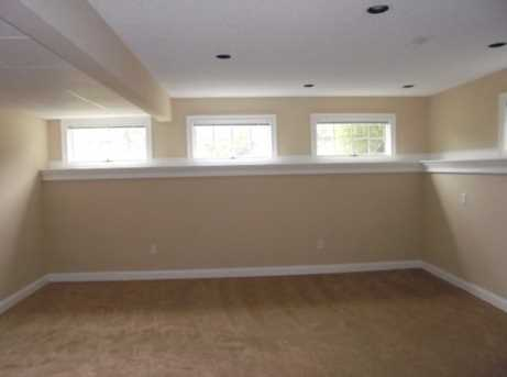 1340 Meadow Woods Court - Photo 17